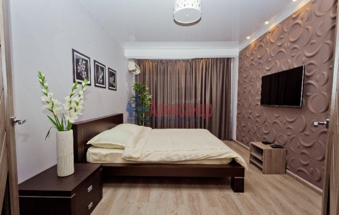 1-комнатная квартира (41м2) в аренду по адресу Тореза пр., 9— фото 1 из 3