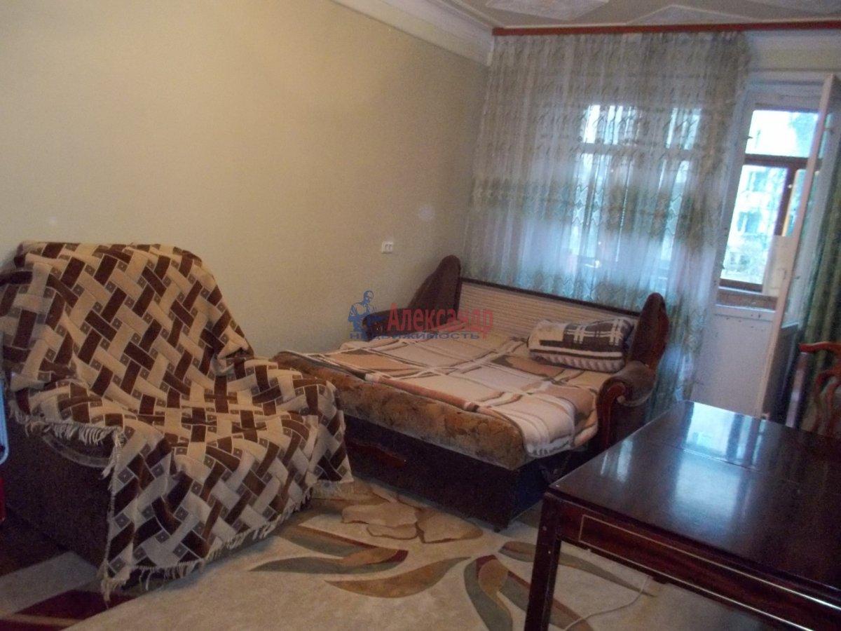 2-комнатная квартира (60м2) в аренду по адресу Науки пр., 4— фото 3 из 7