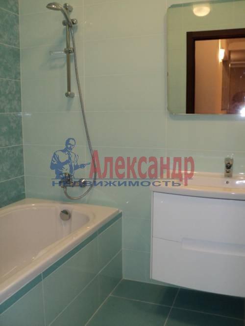 2-комнатная квартира (60м2) в аренду по адресу Типанова ул., 34— фото 4 из 8
