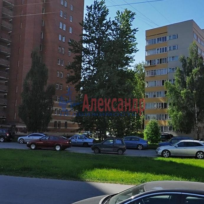 Комната в 3-комнатной квартире (65м2) в аренду по адресу Котельникова алл., 3— фото 4 из 5