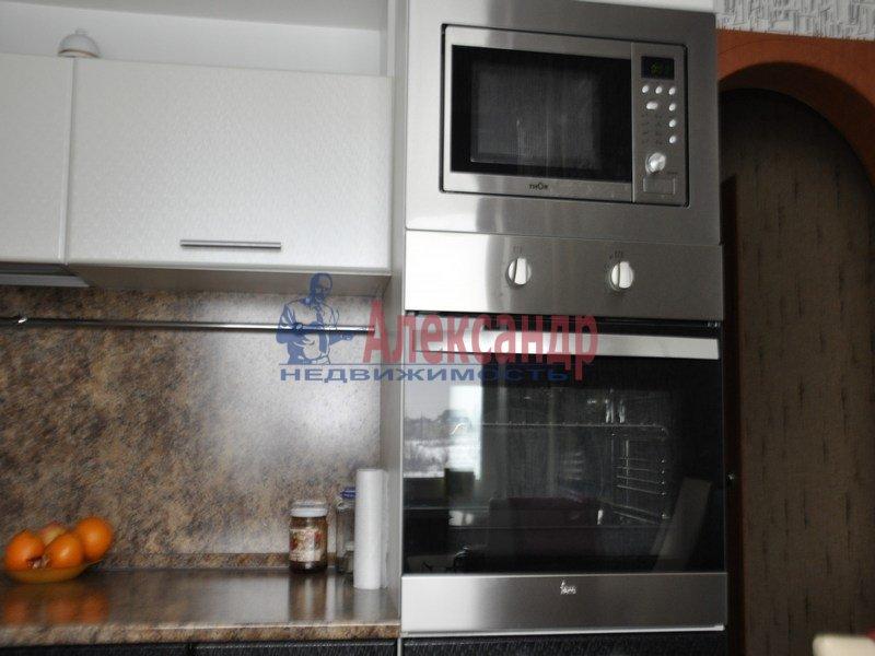 1-комнатная квартира (35м2) в аренду по адресу Зины Портновой ул., 25— фото 3 из 9