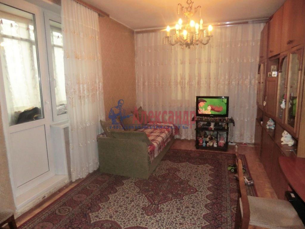 1-комнатная квартира (42м2) в аренду по адресу Московский пр., 106— фото 1 из 2