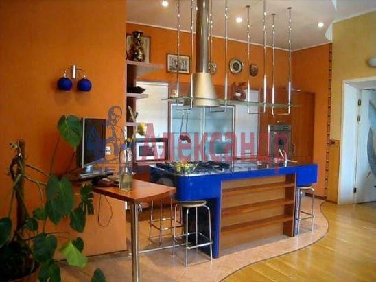 3-комнатная квартира (120м2) в аренду по адресу Владимирский пр., 7— фото 1 из 3