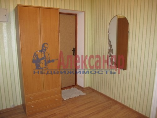 1-комнатная квартира (41м2) в аренду по адресу Коломяжский пр., 15— фото 4 из 5