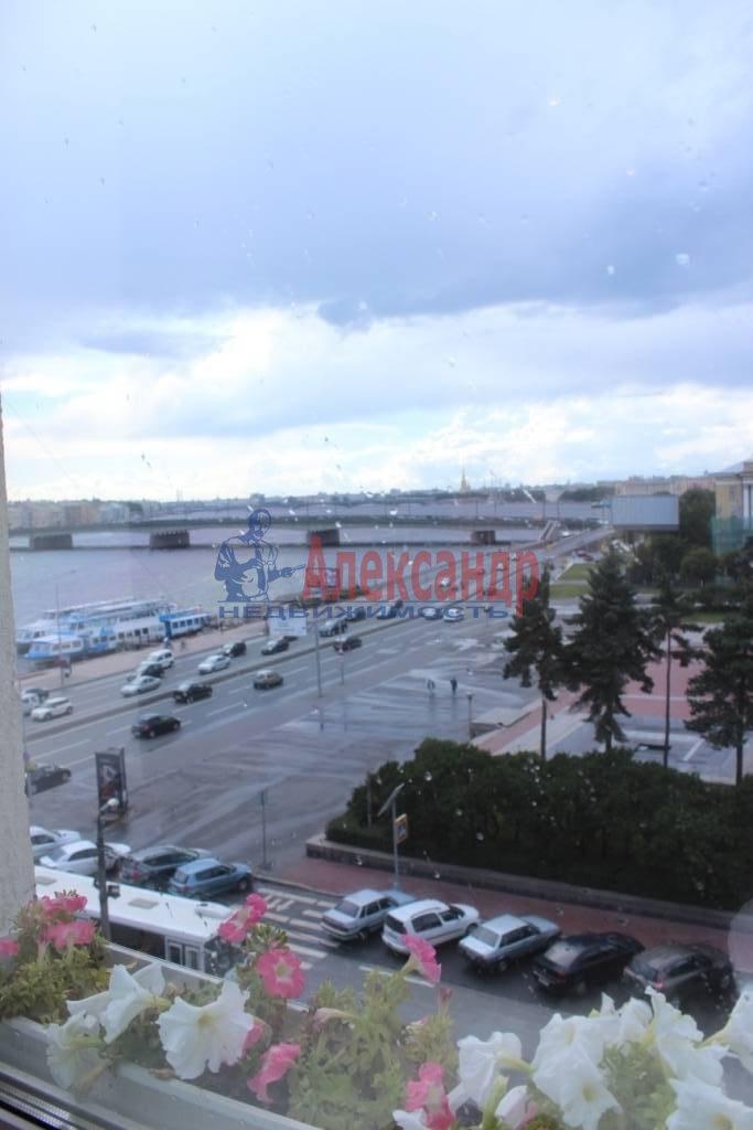 2-комнатная квартира (75м2) в аренду по адресу Ленина пл., 3— фото 9 из 9