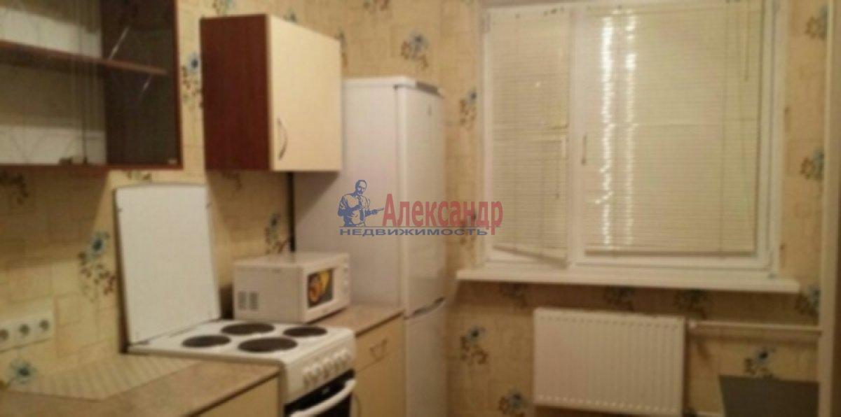 2-комнатная квартира (56м2) в аренду по адресу Туристская ул., 24— фото 1 из 6