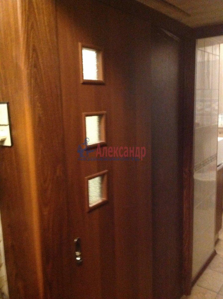 Комната в 2-комнатной квартире (46м2) в аренду по адресу Ленинский пр., 110— фото 10 из 15