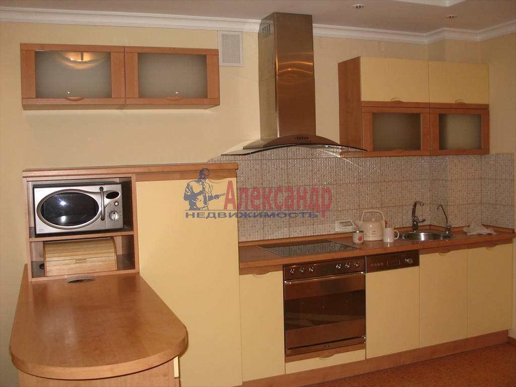 3-комнатная квартира (90м2) в аренду по адресу Шпалерная ул., 42— фото 2 из 7