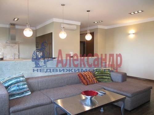 3-комнатная квартира (125м2) в аренду по адресу Московский просп., 82— фото 1 из 11