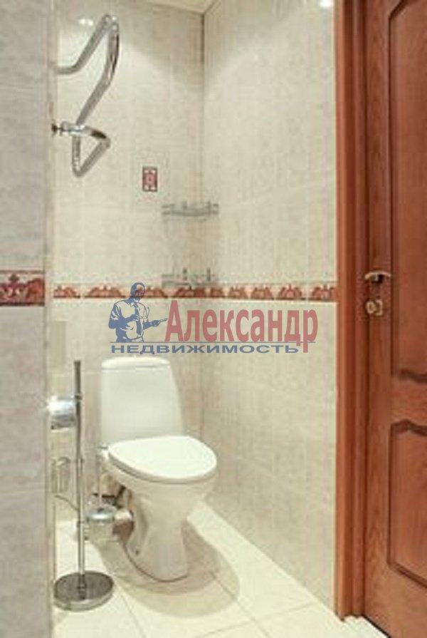 Комната в 3-комнатной квартире (85м2) в аренду по адресу Моховая ул., 39— фото 4 из 6