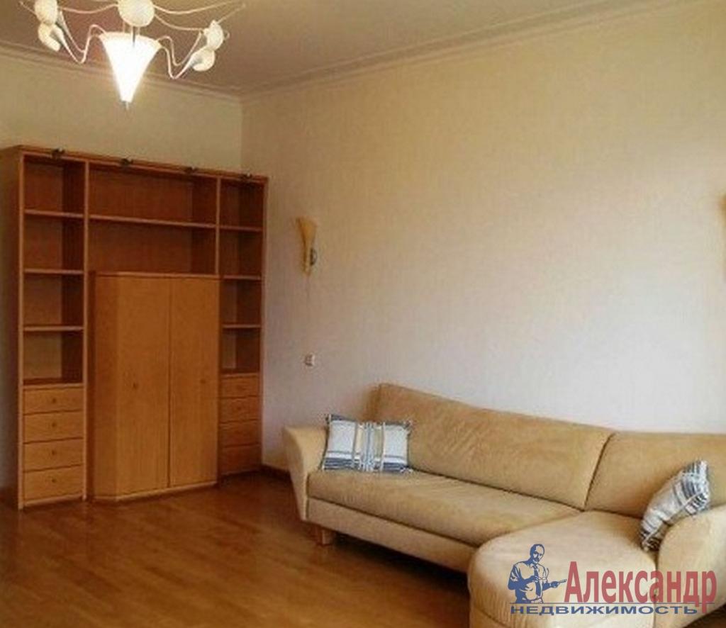 3-комнатная квартира (79м2) в аренду по адресу Краснопутиловская ул., 11— фото 1 из 4