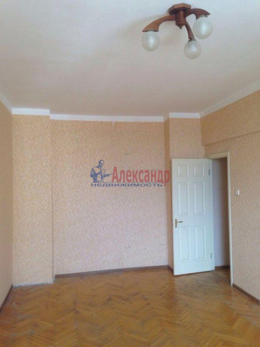 2-комнатная квартира (51м2) в аренду по адресу Тамбовская ул., 3— фото 8 из 9