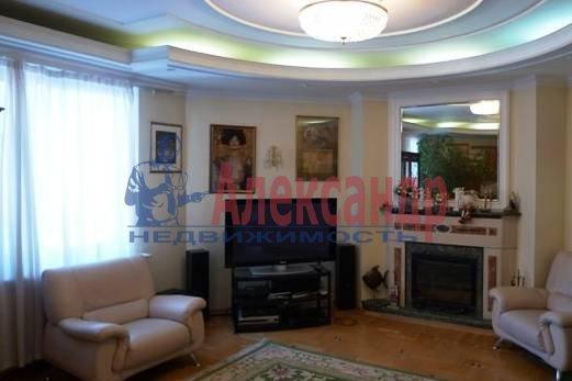 3-комнатная квартира (140м2) в аренду по адресу Захарьевская ул., 16— фото 1 из 4