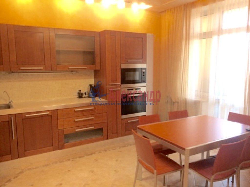 4-комнатная квартира (130м2) в аренду по адресу Бассейная ул., 10— фото 2 из 17