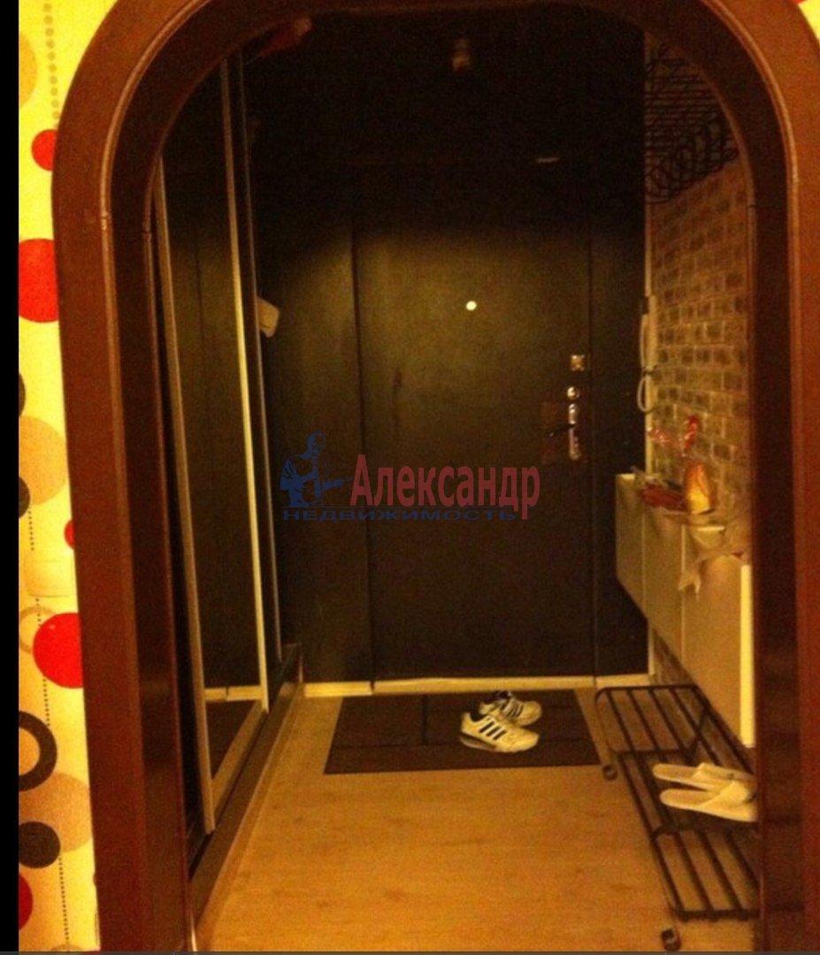 1-комнатная квартира (40м2) в аренду по адресу Корпусная ул., 9— фото 3 из 5