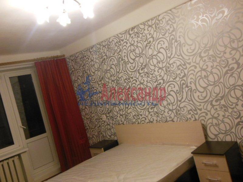 2-комнатная квартира (49м2) в аренду по адресу Космонавтов просп., 52— фото 4 из 8