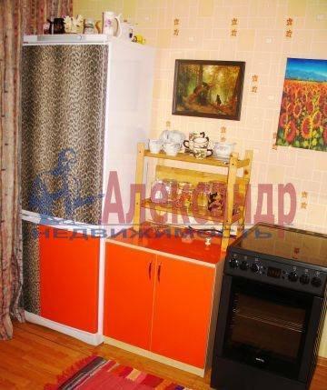 2-комнатная квартира (64м2) в аренду по адресу Октябрьская наб., 5— фото 4 из 4