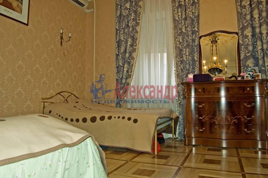 2-комнатная квартира (167м2) в аренду по адресу Фурштатская ул., 47— фото 3 из 8