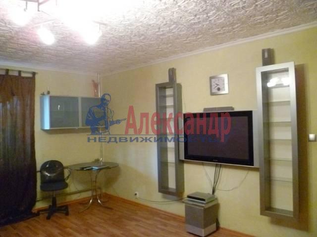 3-комнатная квартира (95м2) в аренду по адресу Варшавская ул., 16— фото 1 из 10