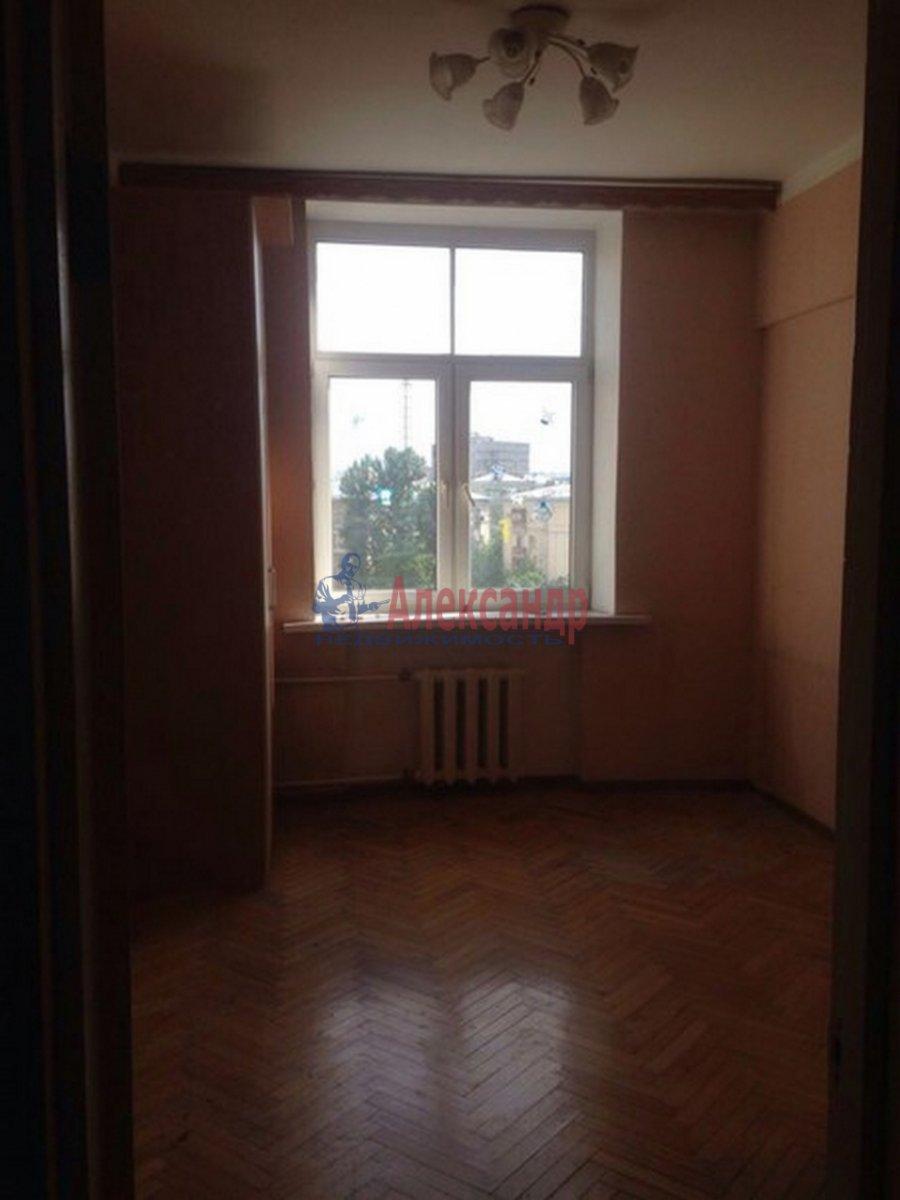 2-комнатная квартира (51м2) в аренду по адресу Тамбовская ул., 3— фото 9 из 9