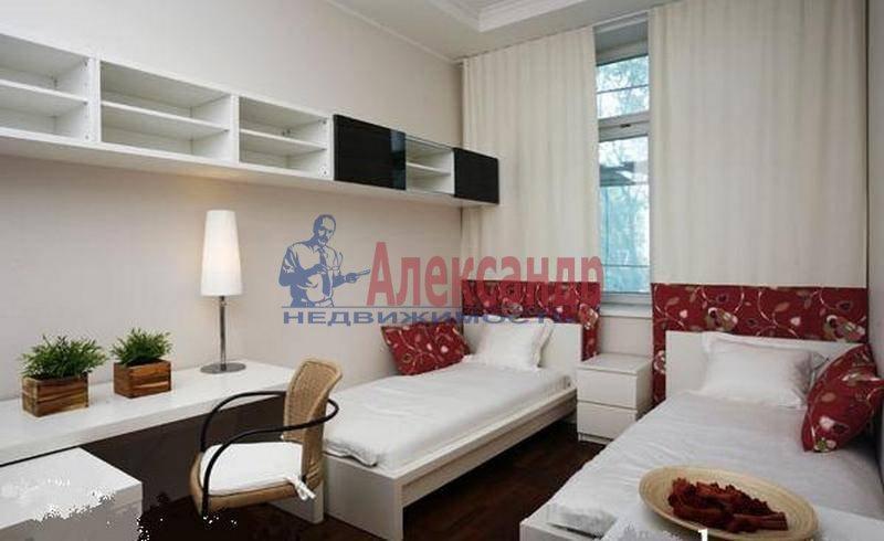3-комнатная квартира (137м2) в аренду по адресу Кемская ул., 7— фото 3 из 6