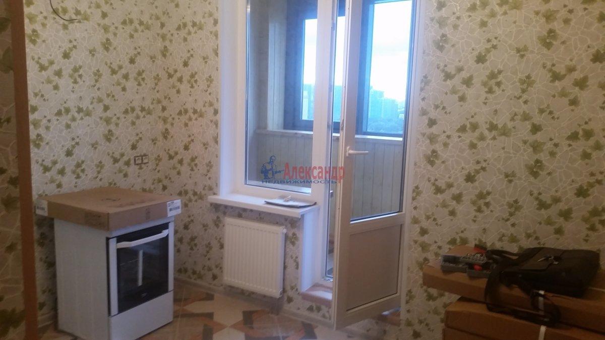 2-комнатная квартира (59м2) в аренду по адресу Обуховской Обороны пр., 110— фото 8 из 18