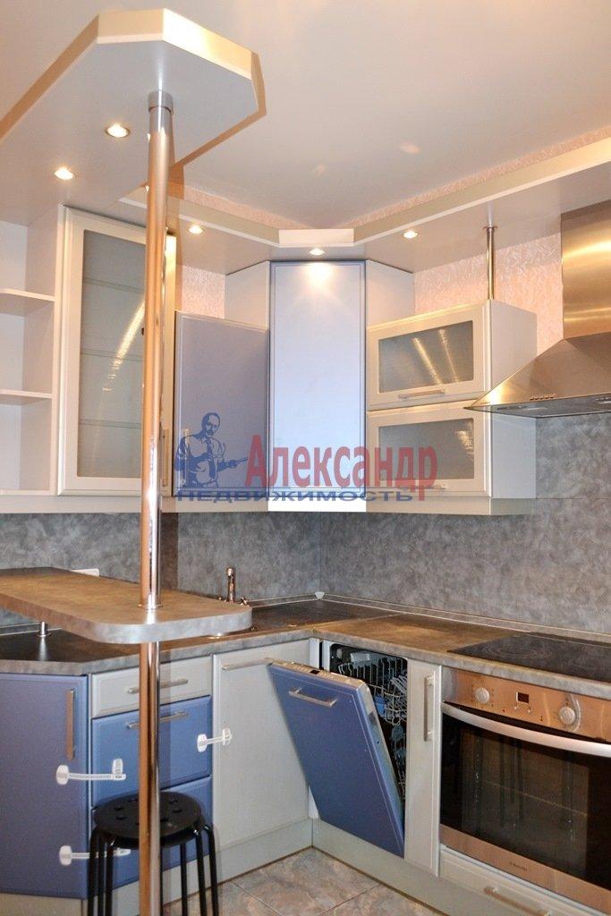 1-комнатная квартира (41м2) в аренду по адресу Шлиссельбургский пр., 24— фото 2 из 11