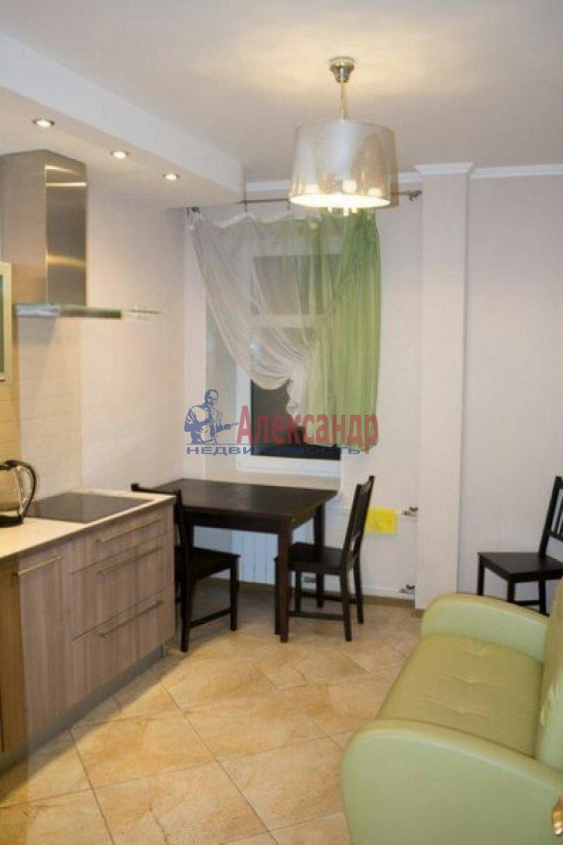 1-комнатная квартира (32м2) в аренду по адресу Римского-Корсакова пр., 103— фото 2 из 6