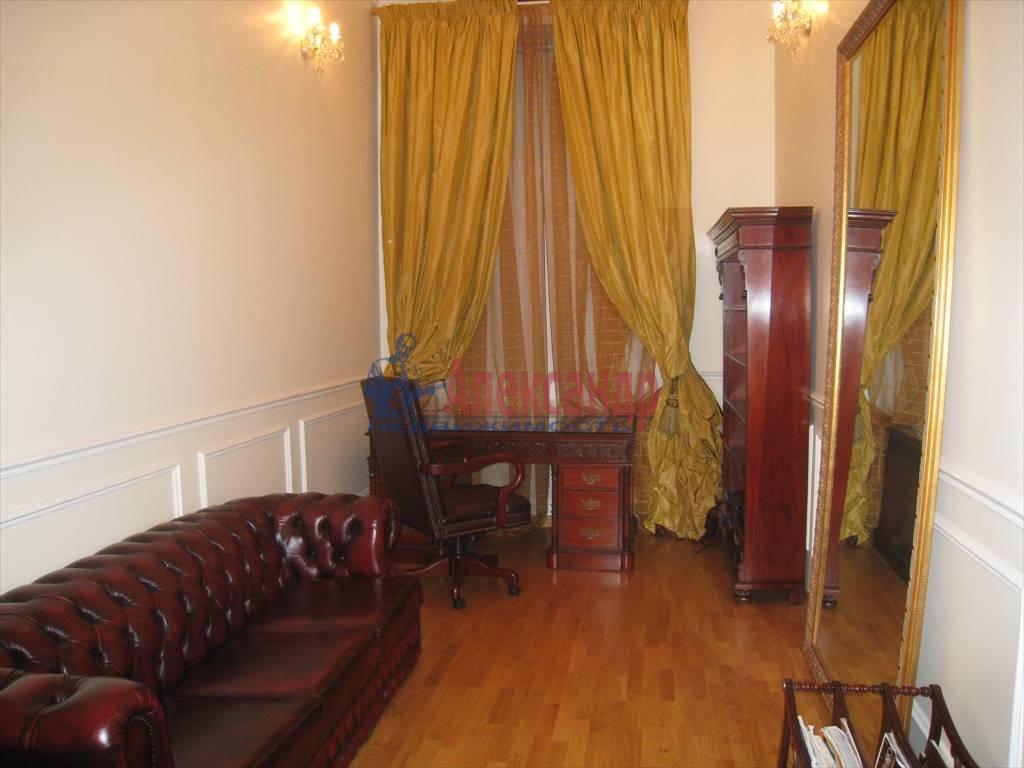 5-комнатная квартира (230м2) в аренду по адресу Адмиралтейская наб., 12— фото 3 из 6