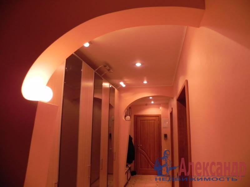 3-комнатная квартира (80м2) в аренду по адресу Звездная ул., 11— фото 6 из 17