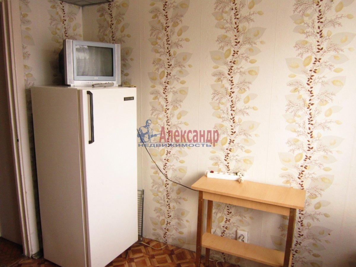2-комнатная квартира (58м2) в аренду по адресу Гражданский пр., 104— фото 2 из 9