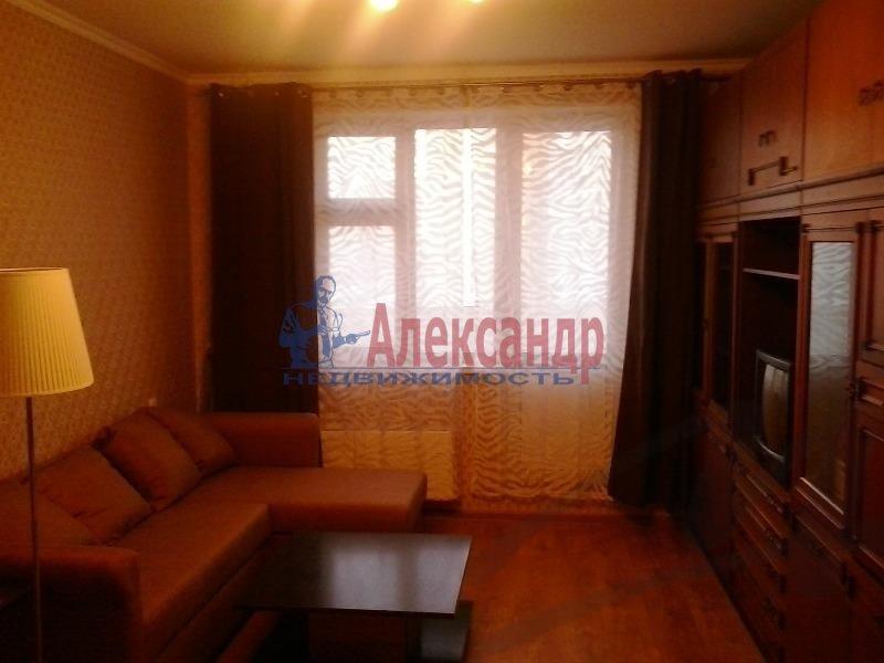 1-комнатная квартира (36м2) в аренду по адресу Ильюшина ул., 10— фото 3 из 5