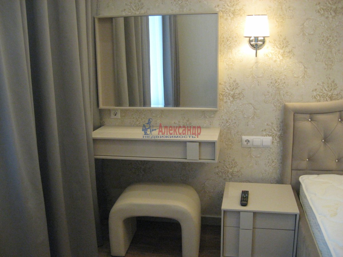 3-комнатная квартира (111м2) в аренду по адресу Беринга ул., 5— фото 21 из 32
