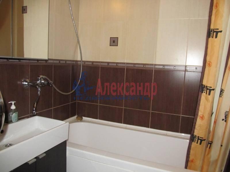 1-комнатная квартира (40м2) в аренду по адресу Маршала Блюхера пр., 21— фото 12 из 13