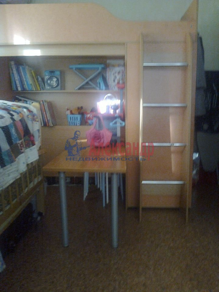 1-комнатная квартира (36м2) в аренду по адресу Сикейроса ул., 6— фото 2 из 4