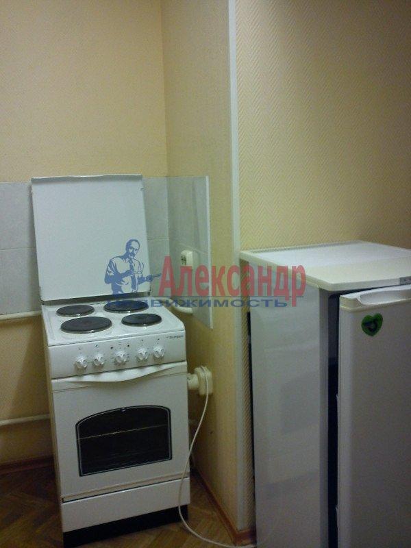 1-комнатная квартира (35м2) в аренду по адресу Чудновского ул., 1— фото 2 из 6