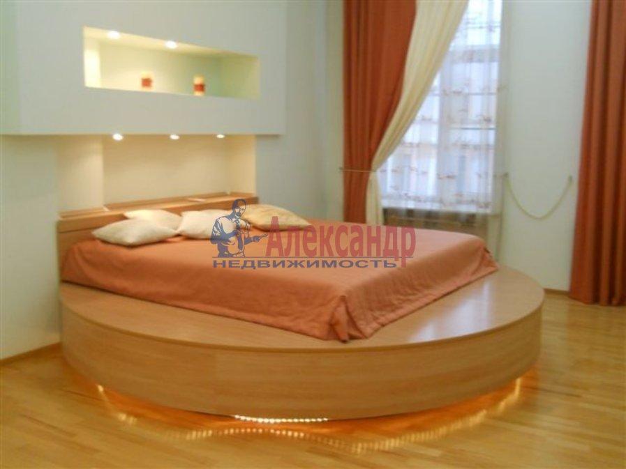 1-комнатная квартира (60м2) в аренду по адресу Казанская пл.— фото 1 из 6