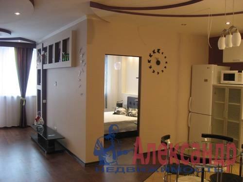 2-комнатная квартира (80м2) в аренду по адресу Дачный пр., 24— фото 6 из 17