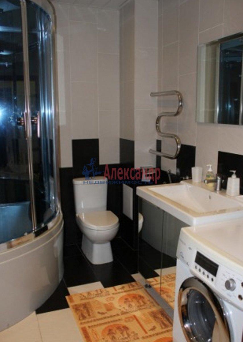 2-комнатная квартира (74м2) в аренду по адресу Большая Морская ул., 7— фото 4 из 4