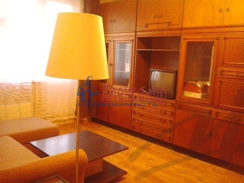 1-комнатная квартира (36м2) в аренду по адресу Ильюшина ул., 10— фото 4 из 5