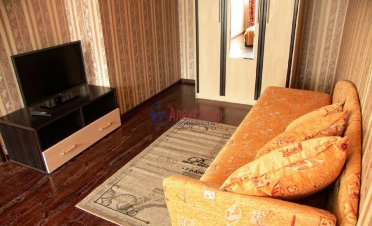 1-комнатная квартира (35м2) в аренду по адресу Космонавтов просп., 86— фото 3 из 14