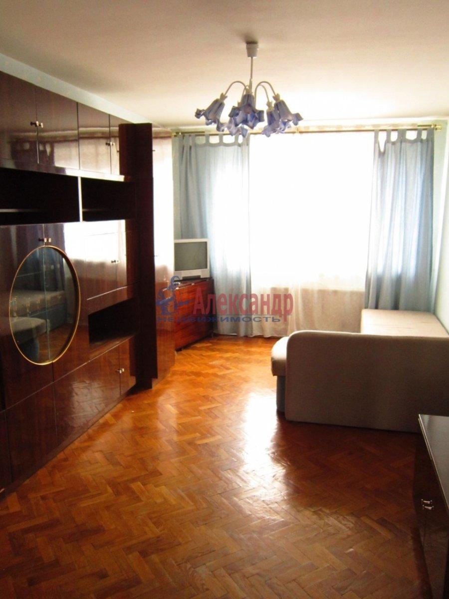 2-комнатная квартира (58м2) в аренду по адресу Гражданский пр., 104— фото 3 из 9