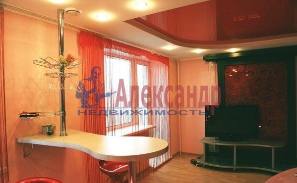 1-комнатная квартира (44м2) в аренду по адресу Беринга ул., 5— фото 1 из 5