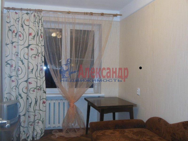 2-комнатная квартира (49м2) в аренду по адресу Космонавтов просп., 52— фото 5 из 8