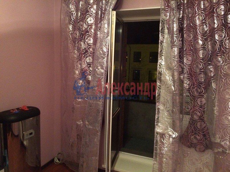 2-комнатная квартира (41м2) в аренду по адресу Ириновский пр., 9— фото 3 из 10