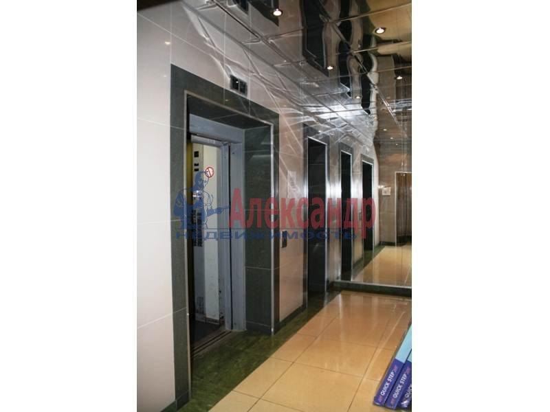 3-комнатная квартира (130м2) в аренду по адресу Тореза пр., 112— фото 2 из 9
