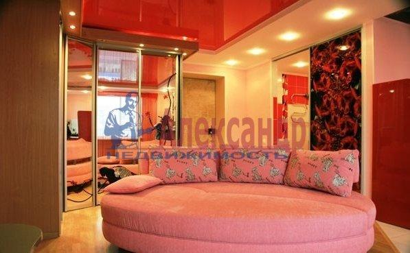 1-комнатная квартира (44м2) в аренду по адресу Беринга ул., 5— фото 2 из 5