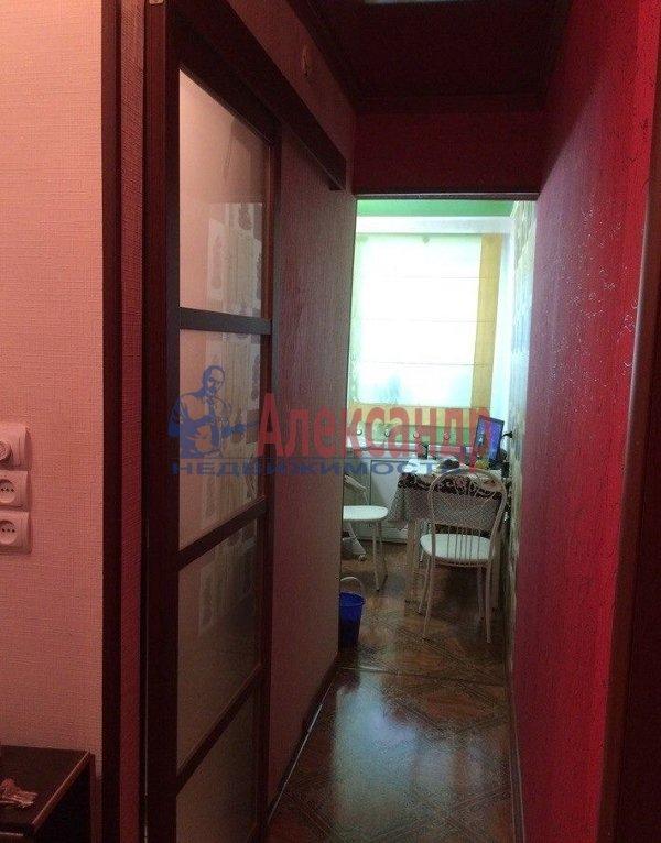1-комнатная квартира (35м2) в аренду по адресу Кузнецовская ул., 17— фото 3 из 6