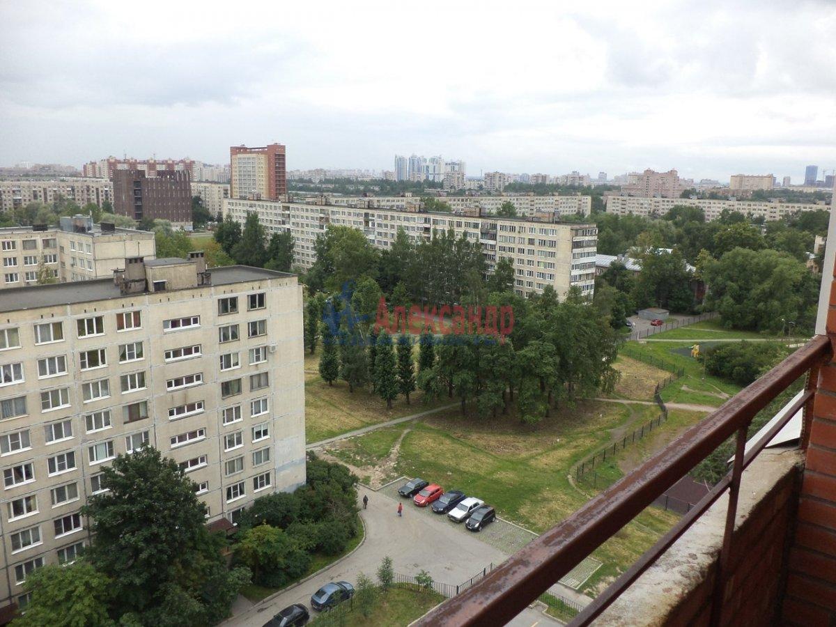 1-комнатная квартира (47м2) в аренду по адресу Будапештская ул., 7— фото 4 из 8