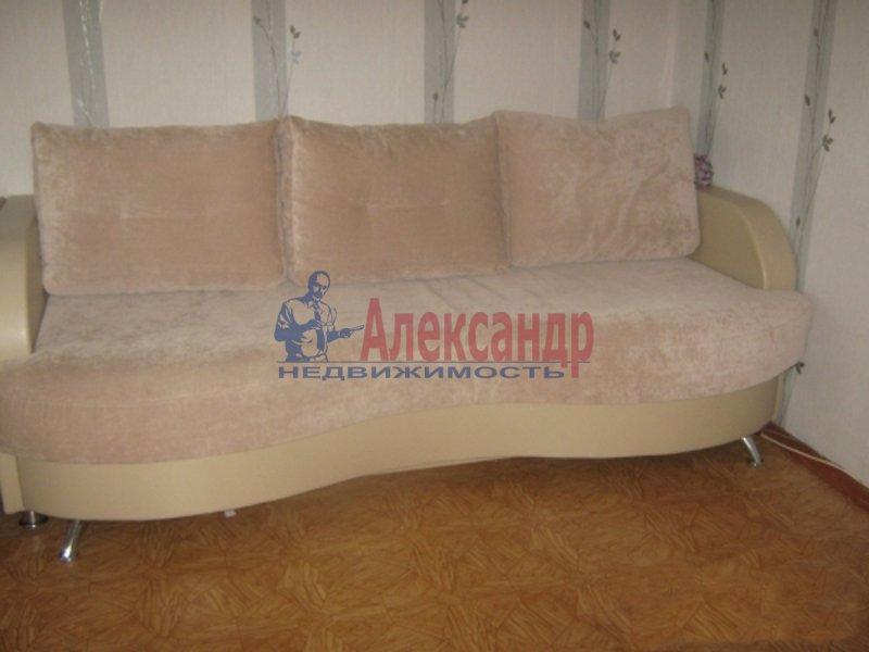 2-комнатная квартира (53м2) в аренду по адресу Руднева ул., 4— фото 1 из 2